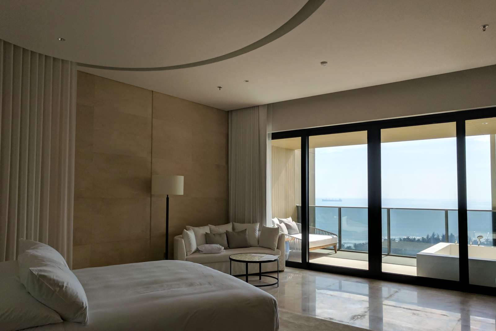 large_EDITION-Hotel-Sanya-Room-03