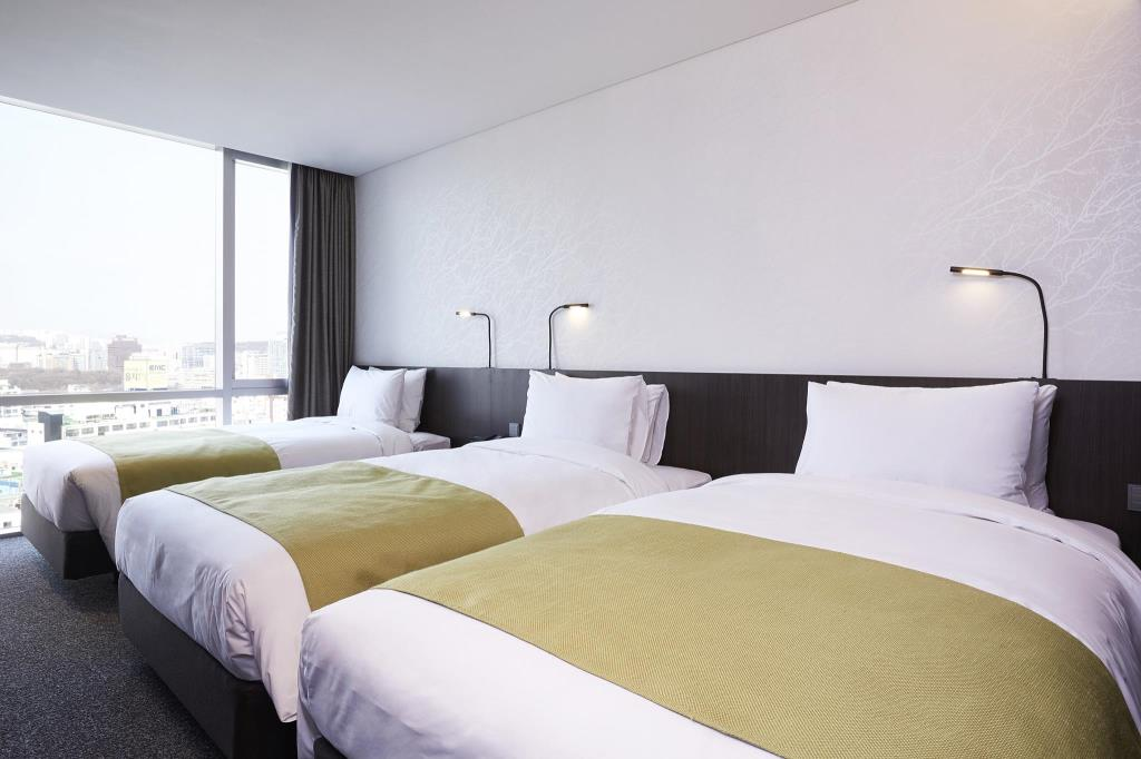 Nine Tree Premier Hotel Myeong dong 2 (1)