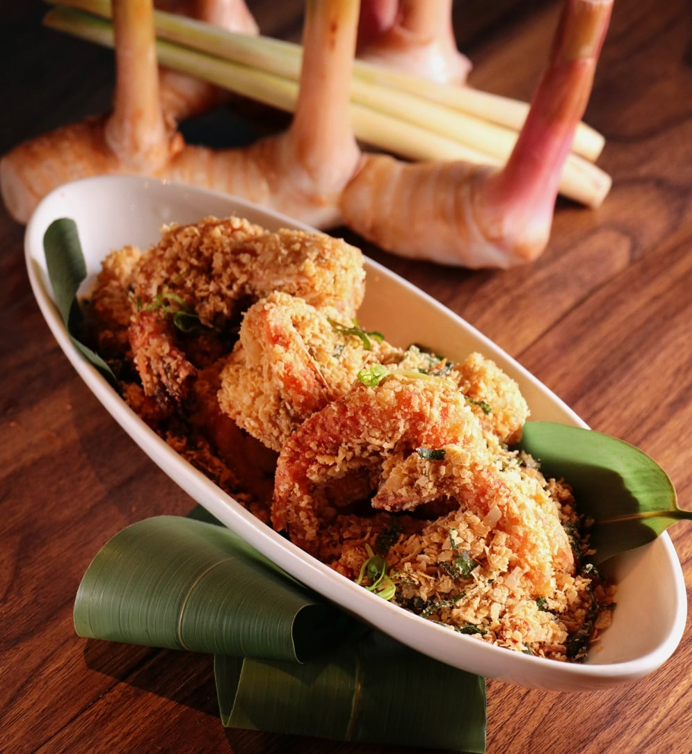 Deep fried Prawn with Fragrant Oats