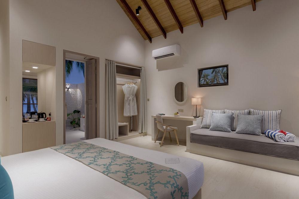 Malahini Kuda Bandos Resort (4)