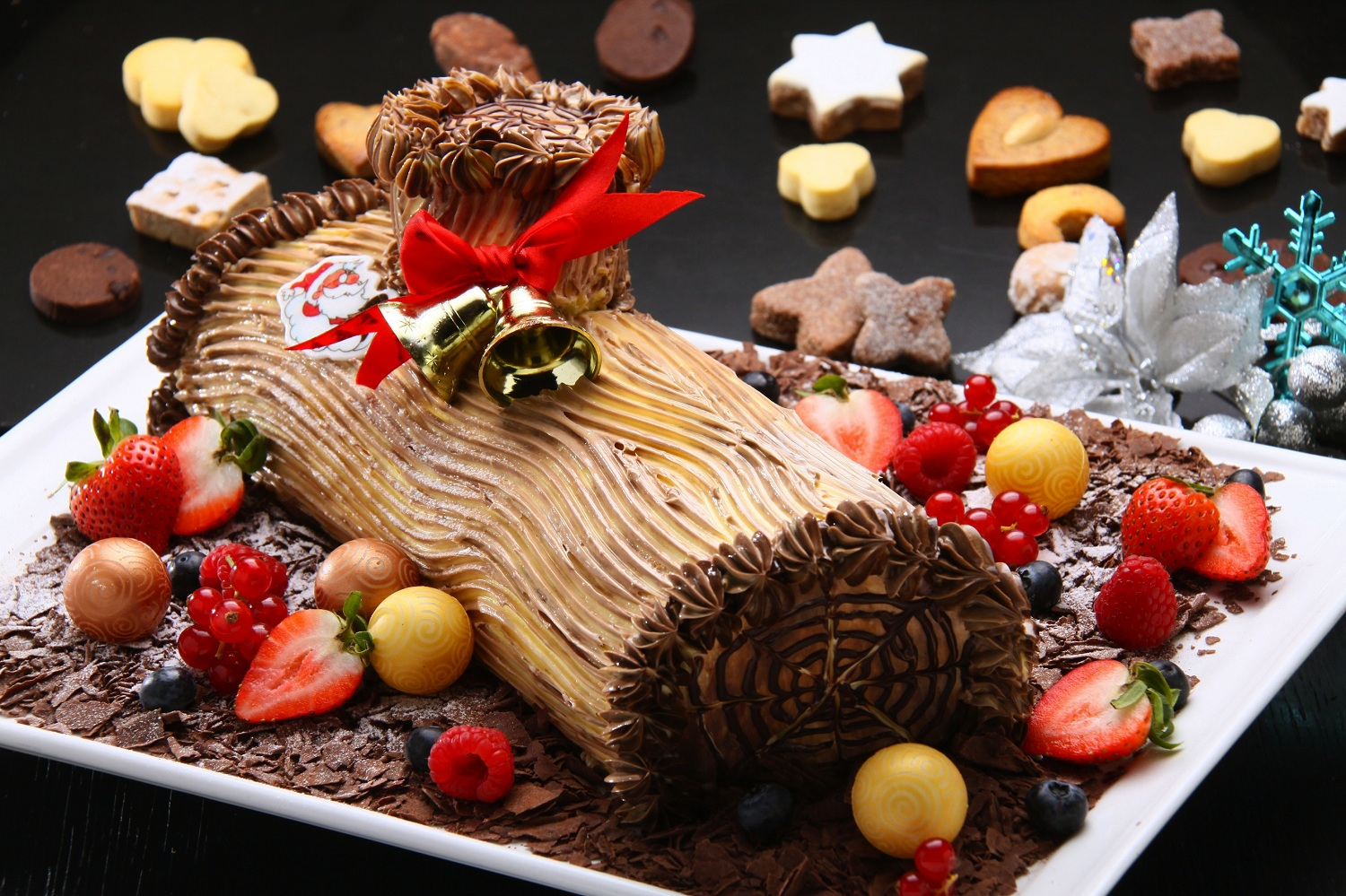 christmas-yule-log-cake-cookies