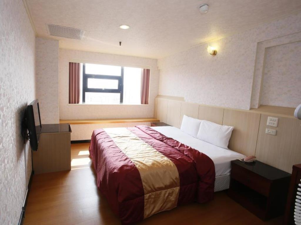 鐵道大飯店 (Tie Dao Hotel)