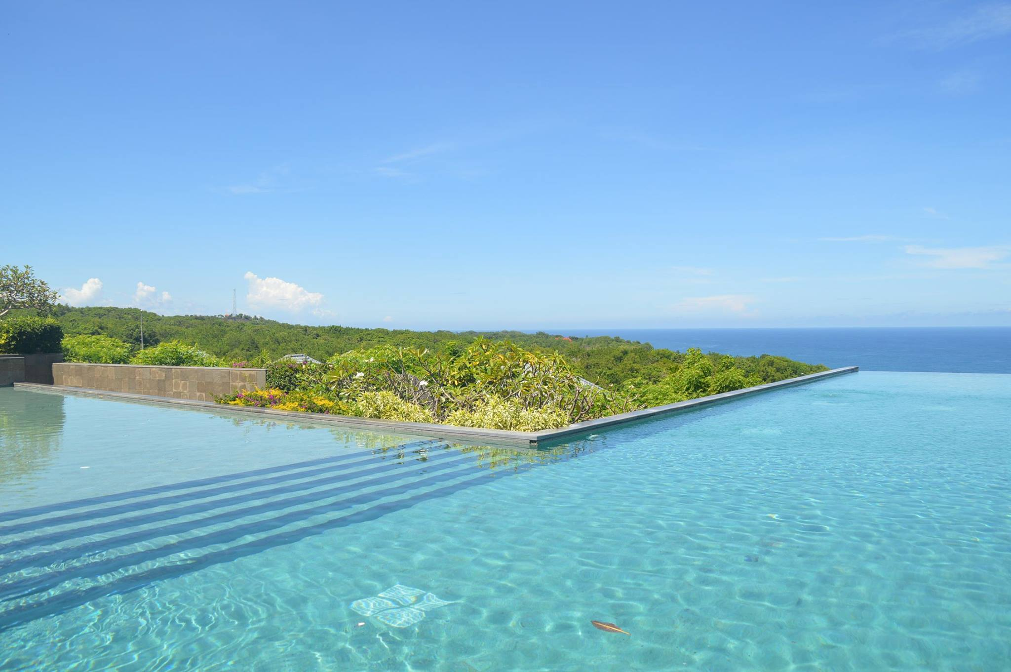 ungasan-bali Banyan tree swimming Pool