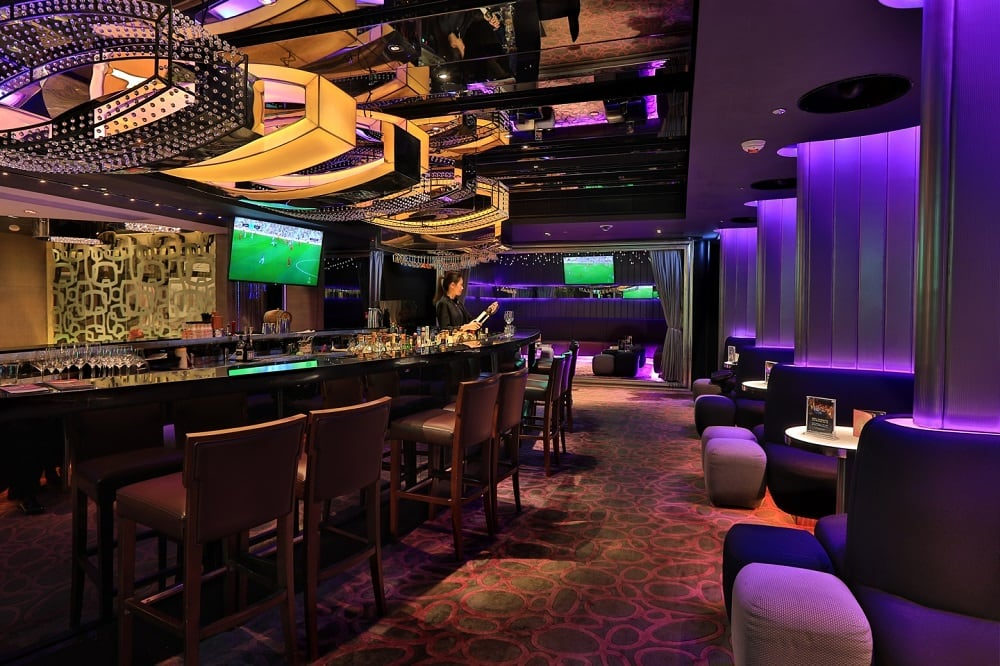 TMHK_Room-One-Sports-Bar_04_web