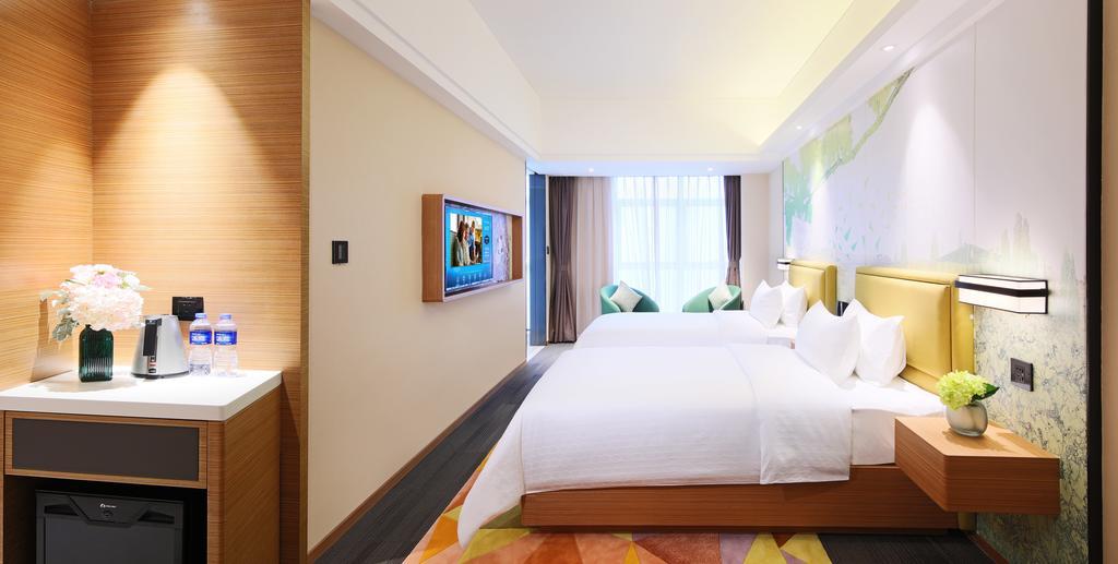 珠海誠豐廣場希爾頓歡朋酒店