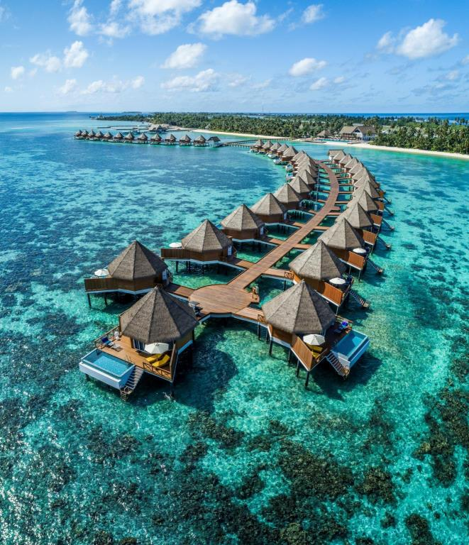 Mercure Maldives Kooddoo Resort agoda (5)