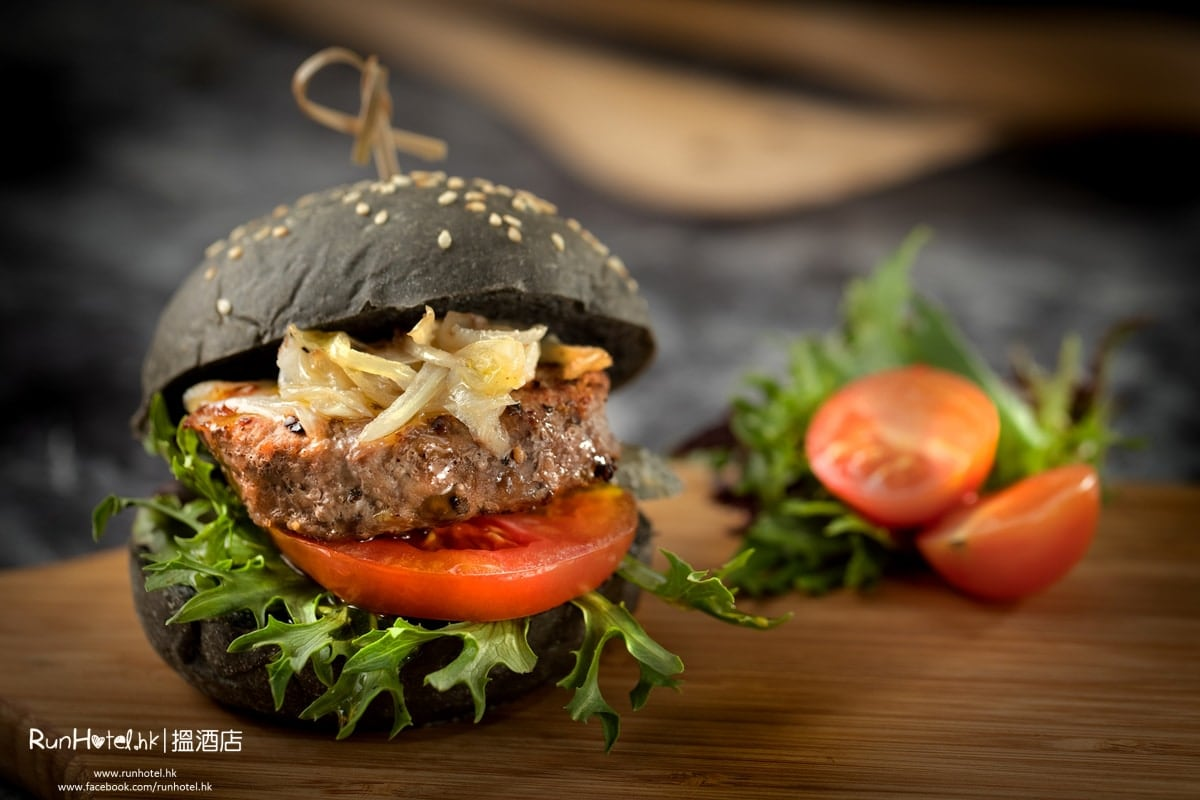 Wagyu Beef Burger Steak on Charcoal Brioche Roll竹炭和牛漢堡_h